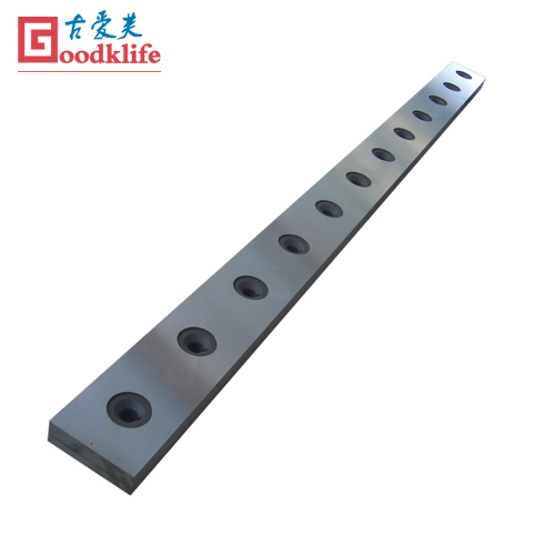Sheet metal cutting blades for cut to length line